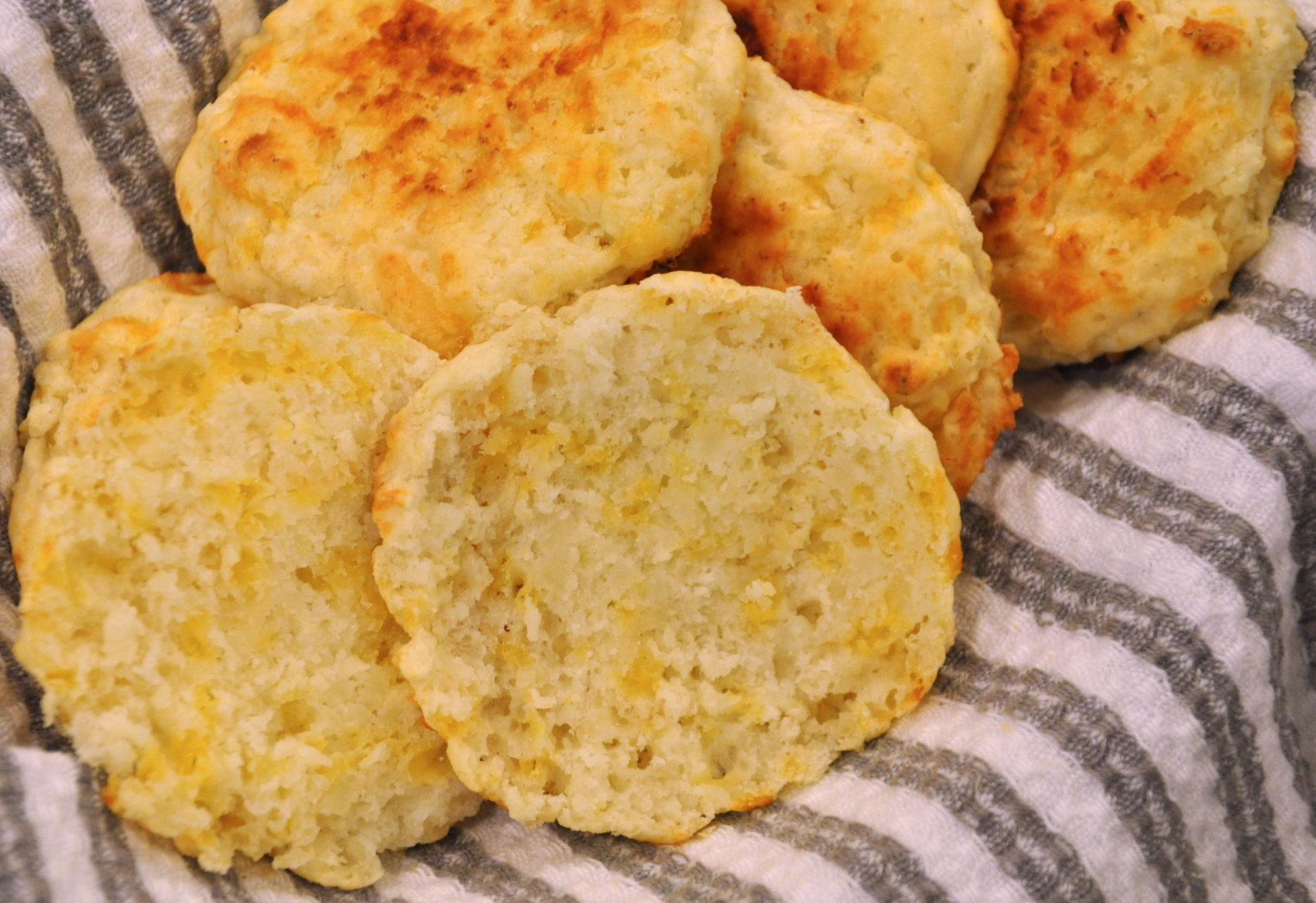 Cauliflower and Cheese Drop Biscuits – Lite Eating